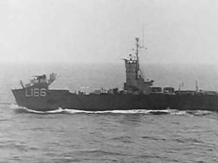 Φωτογραφία για Το ναυάγιο του οχηματαγωγού του ΠΝ «ΜΕΡΛΙΝ» από δεξαμενοπλοιο του Νιάρχου