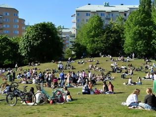 Φωτογραφία για Ρεκόρ με 1.870 νέα κρούσματα κοροναϊού στη Σουηδία