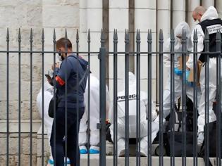 Φωτογραφία για Γαλλία: Σε κατάστασης υψίστης επιφυλακής μετά τις επιθέσεις