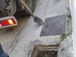 Φωτογραφία για Η τραγική εικόνα των ακαθάριστων φρεατίων του Μύτικα, δεν συνάδει με τα χρήματα που δαπανήθηκαν τα προηγούμενα χρόνια.