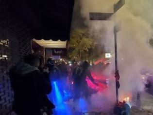 Φωτογραφία για Αμερικανικές εκλογές: Εντάσεις και επεισόδια στη Νέα Υόρκη - Πάνω από 60 συλλήψεις