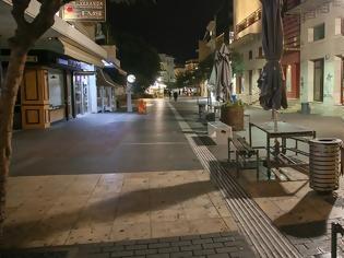 Φωτογραφία για Η Ελλάδα μπήκε στο «κλουβί» και πάλι. Το lockdown είναι εδώ και μαζί το SMS στο 13033.