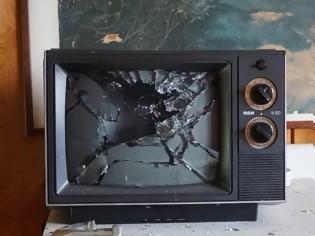 Φωτογραφία για Κλείστε την Τηλεόραση για να… Λευτερωθείτε!