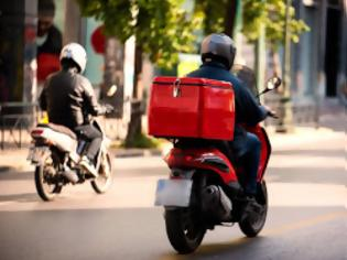Φωτογραφία για Ο κορονοϊός αλλάζει το delivery... Όλο και περισσότεροι 50άρηδες. Ποια τα μεροκάματα
