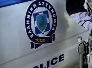 Φωτογραφία για Αγρίνιο: Παρίσταναν τους αστυνομικούς για να κλέβουν κινητά!