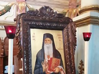 Φωτογραφία για Άγιος Αμφιλόχιος Μακρής: «Ο Χριστός, σου χτυπάει, τον βάζεις να καθίσει στο σαλόνι της ψυχής σου, αλλά ...»