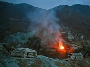 Φωτογραφία για Ναγκόρνο Καραμπάχ: Καμένη γη μετά τη συμφωνία- Οι κερδισμένοι και οι χαμένοι