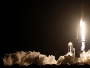 Φωτογραφία για Το ταξίδι του SpaceX με πλήρη ομάδα αστροναυτών ξεκίνησε -