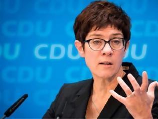 Φωτογραφία για Γερμανία απορρίπτει την πρόταση Μακρόν: Εξακολουθούμε να χρειαζόμαστε τις ΗΠΑ και το ΝΑΤΟ