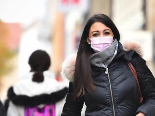 Φωτογραφία για Οι νέες οδηγίες για τη χρήση μασκών - Τι ισχύει για τα γυαλιά και την ασπίδα προσώπου