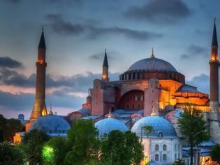 Φωτογραφία για Αγία Σοφία: Η UNESCO διαψεύδει τους Τούρκους