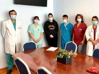 Φωτογραφία για Νοσηλευτές από την όλη την Ελλάδα μεταβαίνουν εθελοντικά στη Θεσσαλονίκη
