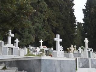 Φωτογραφία για Κορωνοϊός: Ασφυκτική η κατάσταση στα κοιμητήρια Θεσσαλονίκης