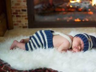 Φωτογραφία για Προσοχη....Επικίνδυνο το τζάκι για τα μωρα!