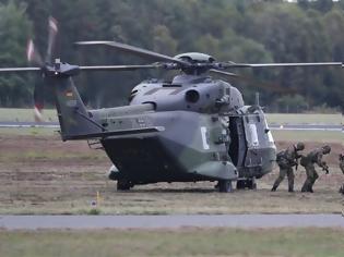 Φωτογραφία για Γερμανή υπ. Άμυνας: H Μπούντεσταγκ δεν θα ενέκρινε ανάπτυξη των ένοπλων δυνάμεων στο εξωτερικό σε μάχιμο ρόλο