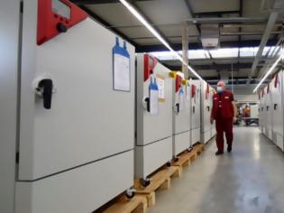 Φωτογραφία για Γερμανία: Έτοιμα τα «σούπερ ψυγεία» που μεταφέρουν εμβόλια σε πολικές θερμοκρασίες