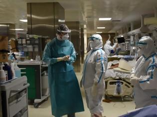 """Φωτογραφία για Κορονοϊός – Θεσσαλονίκη: """"Χάνουμε ασθενείς πριν προλάβει να τους δει γιατρός"""" Τραγική η κατάσταση στα νοσοκομεία"""