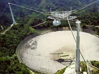 Φωτογραφία για Τέλος εποχής: Κατέρρευσε το γιγάντιο ραδιοτηλεσκόπιο του Αρεσίμπο