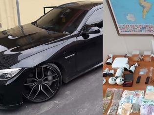 Φωτογραφία για Χλιδάτη ζωή, γρήγορα αυτοκίνητα και τζίρος 1 εκατ. ευρώ για σπείρα ναρκωτικών