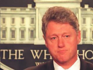 Φωτογραφία για Ο Κλίντον ήταν «στον κόσμο του», δεν ήξερε καν τι ήταν τα «Φιλαράκια»