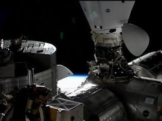 Φωτογραφία για Στο πάρκινγκ του Διαστημικού Σταθμού ISS