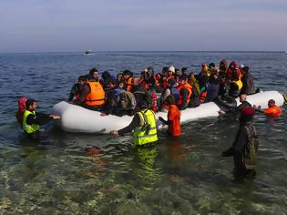 Φωτογραφία για 2.500 Σομαλοί στη Σμύρνη για να περάσουν Ελλάδα