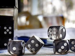 Φωτογραφία για Ηράκλειο: Μετέτρεψαν φορτηγό σε λέσχη για τυχερά παιχνίδια