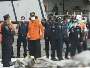 Φωτογραφία για Ινδονησία: Εντοπίστηκαν τα μαύρα κουτιά του μοιραίου Boeing