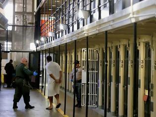 Φωτογραφία για ΗΠΑ: Αναβάλλονται δύο εκτελέσεις γιατί οι θανατοποινίτες ...προσβλήθηκαν από Covid-19!