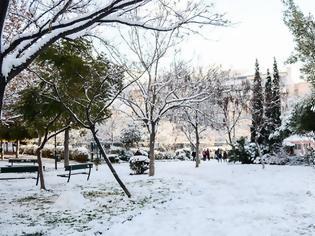 Φωτογραφία για Κακοκαιρία Λέανδρος: Καταιγίδες στο ανατολικό Αιγαίο, χιόνια και πολικές θερμοκρασίες