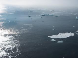 Φωτογραφία για Ανατροπή στην κλιματική αλλαγή: Το λιώσιμο των πάγων πυροδοτεί νέα εποχή παγετώνων στη Γη