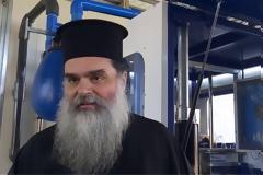 Ιερέας στο Αγρίνιο: Κοινώνησα 700 πιστούς τα Χριστούγεννα, με τη Θεία Κοινωνία δεν κολλάει ο κορωνοϊός
