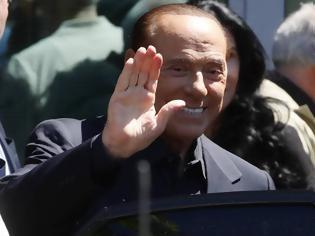 Φωτογραφία για Ιταλία: O Σίλβιο Μπερλουσκόνι εισήχθη σε νοσοκομείο του Μόντε Κάρλο