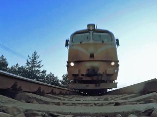 Φωτογραφία για Τρομακτικό ατύχημα για ένα βίντεο στο YouTube: Τρένο έκοψε τα πόδια 11χρονου.
