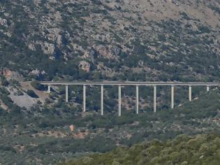 Φωτογραφία για Η «Μεγάλη Σιδηροδρομική Γέφυρα» της Πελοποννήσου: Μία από τις πιο ψηλές της Ελλάδας! Δείτε που βρίσκεται. Βίντεο.