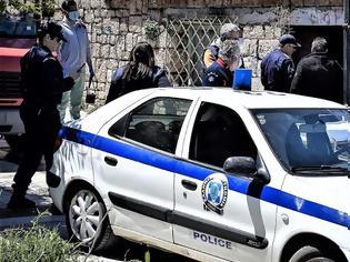 Φωτογραφία για Σοκ στην Κρήτη: Νεκρή 54χρονη με χτυπήματα στο κεφάλι - Ποιον ψάχνει η Αστυνομία