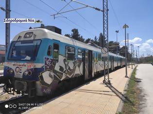 Φωτογραφία για ΤΡΑΙΝΟΣΕ: Τρένο που εκτελούσε το δρομολόγιο Φλώρινα -Θεσσαλονίκη βρήκε σε βράχια. Κανένα πρόβλημα με τους επιβάτες.