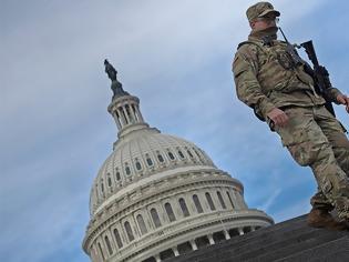 Φωτογραφία για Επί ποδός «πολέμου» οι πολιτείες των ΗΠΑ: Ετοιμάζονται για ένοπλες διαδηλώσεις οπαδών του Τραμπ