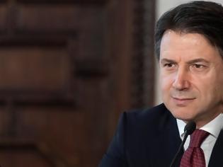 Φωτογραφία για Ψήφο εμπιστοσύνης από τη Βουλή έλαβε η κυβέρνηση Κόντε