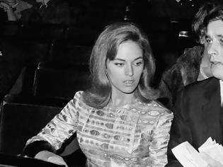 Φωτογραφία για Πέθανε η ηθοποιός Ναταλί Ντελόν