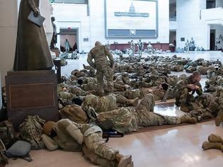 Φωτογραφία για Οργή στις ΗΠΑ μετά την απόφαση να κοιμηθούν στρατιώτες της Εθνοφρουράς σε πάρκινγκ