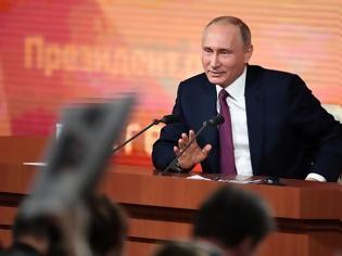 Φωτογραφία για Βλαντιμίρ Πούτιν: Καταργεί το όριο ηλικίας για τη συνταξιοδότηση των δημόσιων λειτουργών