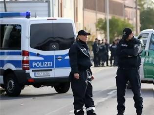 Φωτογραφία για Τρόμος στην Φρανκφούρτη! Επίθεση με μαχαίρι σε σταθμό τρένου