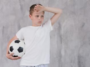Φωτογραφία για Οι κίνδυνοι της απομάκρυνσης των παιδιών από τον αθλητισμό! Οι ειδικοί προειδοποιούν