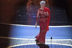 Τζέιν Φόντα: Το βραβείο «Σεσίλ ντε Μιλ», η κορυφαία τιμητική αναγνώριση, στην 83χρονη σούπερ σταρ του Χόλιγουντ