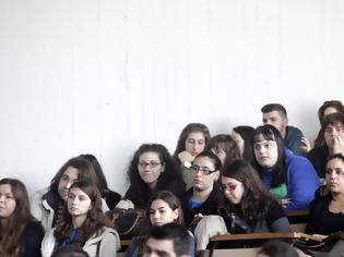 Φωτογραφία για Πανεπιστήμια: Ποινές για αντιγραφή και καταστροφές - Ακόμα και οριστική διαγραφή φοιτητή