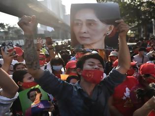 Φωτογραφία για Πραξικόπημα στη Μιανμάρ: Την άμεση «απελευθέρωση» των συλληφθέντων ζητεί το κόμμα της Αούνγκ Σαν Σου Kι