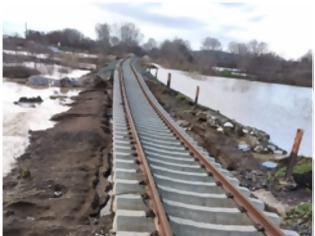 Φωτογραφία για Ο ΟΣΕ αποκαθιστά τις ζημίες από τις πρωτοφανείς καταστροφές στο σιδηροδρομικό δίκτυο της Μακεδονίας- Θράκης. Δείτε απίστευτες εικόνες καταστροφής