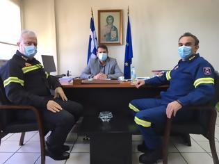 Φωτογραφία για Συνάντηση του Δημάρχου Αμφιλοχίας Γιώργου Κατσούλα με τον νέο Διοικητή Πυροσβεστικών Υπηρεσιών Αιτωλοακαρνανίας