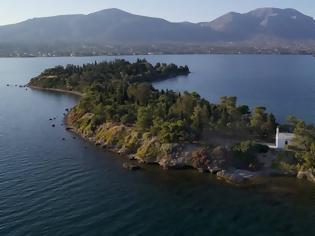 Φωτογραφία για Αγία Τριάδα: Πωλείται εδώ κι εφτά χρόνια το ελληνικό νησί - Ήθελαν να το αγοράσουν οι Beatles